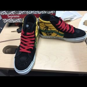 Vans x Supreme Public Enemy sk8 hi! Size 9.5 Boutique